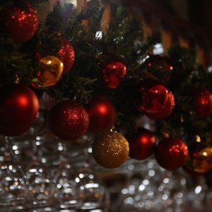 bozicne kuglice, ukrasi za advent u dvorani Restoran restorana Taverna Kraljevec