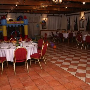 dvorana za razne proslave i svadbe Dovrana u prizemlju restorana Taverna Kraljevec