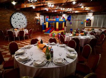 sala za proslave i domjenke Rustika u restoranu Taverna kraljevec sa dvorcem za djecu